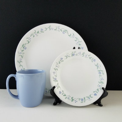 ... Dinnerware/Corelle Dinnerware Blue Country Cottage 6 Pc Set. ?; ? & Corelle Dinnerware Blue Country Cottage 6 Pc Set - Beckalar
